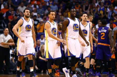 andrew-bogut-stephen-curry-klay-thompson-draymond-green-nba-golden-state-warriors-phoenix-suns-850x560